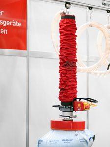 Vakuumschlauchheber ECO SMILIFT mit Einhand-Bediengriff und Schnellwechselvorrichtung. Foto: Werbeagentur JABSMEDIA Wetter Ruhr