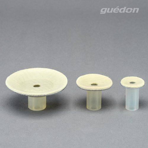 Vakuumsauger für sehr hohe Temperaturen aus Silikon mit Filzauflage, nahezu abdruckfrei durch aufgedampfte Aluminiumschicht, Temperaturbeständigkeit bis 550°C, zum Handling von heißem Glas